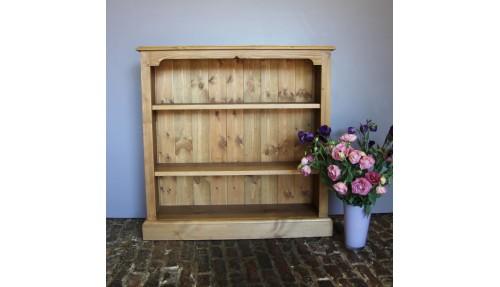 'Classic' Pine Bookcase