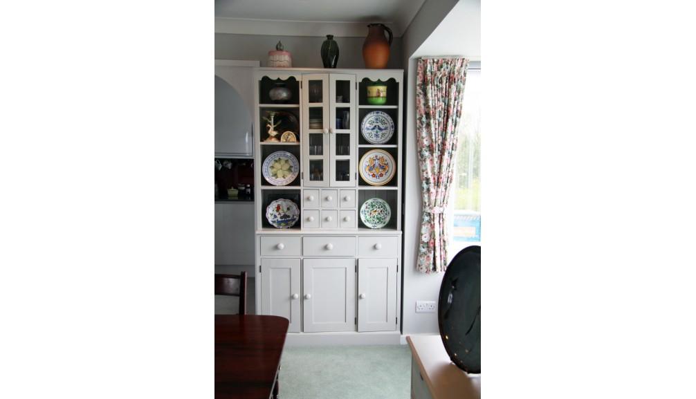 'Custom-Design' Shaker Style, Glazed Dresser