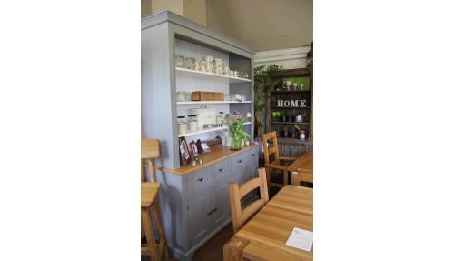 'Bloomsbury' Painted Pine Dresser