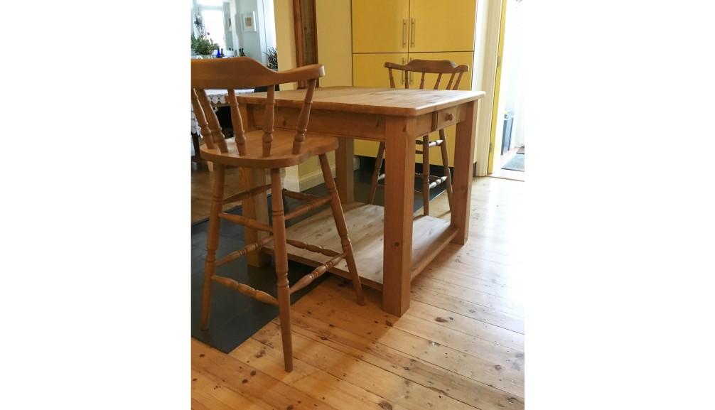 'Custom-Design' Breakfast Table