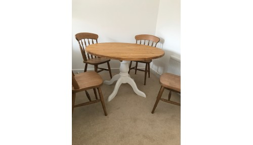 'Round' Dining Table - Pine & Oak